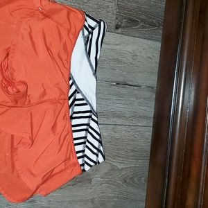 Size 4 Love Red Speeds Lululemon